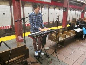 subwaymusician32skylaunchmesslife 051